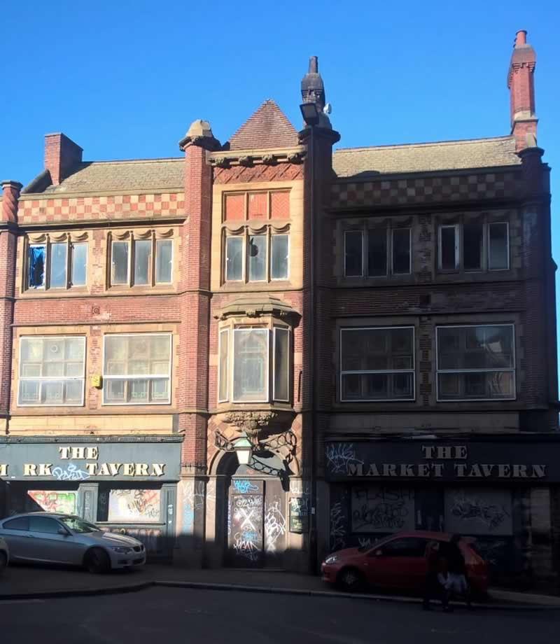 One of the fine but neglected buildings in Castlegate (J Robin Hughes, February 2019)
