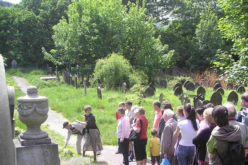 Tour of Walkley Cemetery